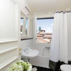 Отель Cerretani 4 Duomo Guesthouse - My Extra Home Италия, Флоренция - отзывы, цены и фото номеров - забронировать отель Cerretani 4 Duomo Guesthouse - My Extra Home онлайн ванная