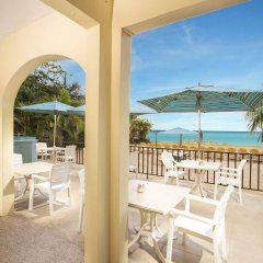 Отель Rooms on the Beach Negril балкон