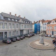 Отель House of Bruges парковка