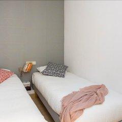 Отель Casa Cosi - Creu Coberta Барселона комната для гостей