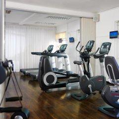 Spanish Court Hotel фитнесс-зал