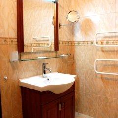 Отель Elegant Lux Болгария, Банско - 1 отзыв об отеле, цены и фото номеров - забронировать отель Elegant Lux онлайн ванная фото 2