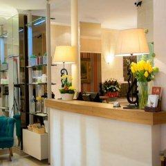 Отель Hôtel Eden Montmartre интерьер отеля фото 2