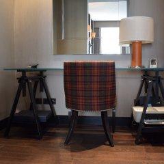 Отель Knightsbridge 3 Bedroom House With Balcony удобства в номере