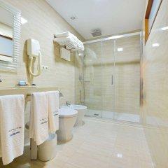 Hotel Puente de La Toja ванная