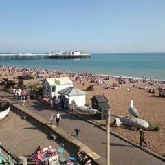Отель Churchill Brighton пляж фото 2