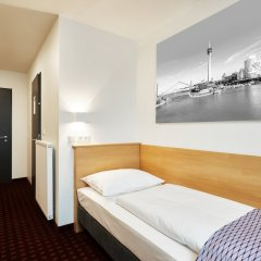 McDreams Hotel Düsseldorf-City комната для гостей