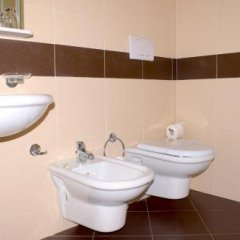 Отель La Busa dellOro Италия, Региональный парк Colli Euganei - отзывы, цены и фото номеров - забронировать отель La Busa dellOro онлайн ванная