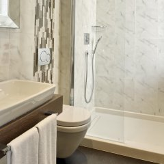 Mirrors Hotel 4* Стандартный номер с различными типами кроватей фото 4