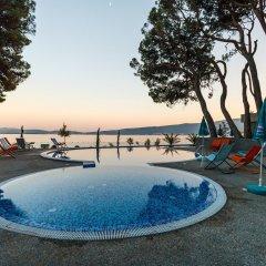 Отель Park Черногория, Каменари - отзывы, цены и фото номеров - забронировать отель Park онлайн бассейн фото 2