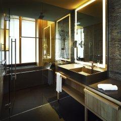 Отель PARKROYAL on Pickering Сингапур, Сингапур - 3 отзыва об отеле, цены и фото номеров - забронировать отель PARKROYAL on Pickering онлайн ванная