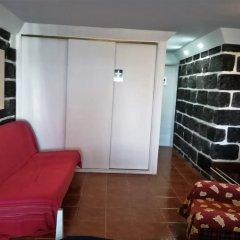 Отель Family Holiday Villa Vacations Ponta Delgada Португалия, Понта-Делгада - отзывы, цены и фото номеров - забронировать отель Family Holiday Villa Vacations Ponta Delgada онлайн комната для гостей фото 5