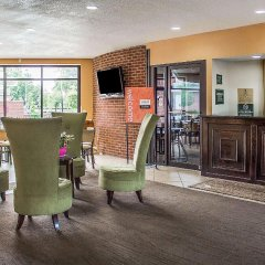 Отель Holiday Inn Express Columbus Downtown США, Колумбус - отзывы, цены и фото номеров - забронировать отель Holiday Inn Express Columbus Downtown онлайн интерьер отеля
