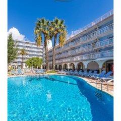 Hotel Apartamentos Solimar бассейн