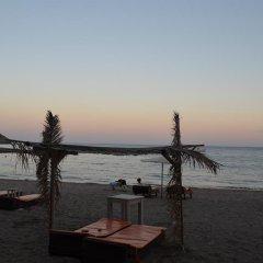 Отель Hayat Motel пляж
