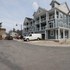 Отель Beachfront Beach Houses Канада, Васага-Бич - отзывы, цены и фото номеров - забронировать отель Beachfront Beach Houses онлайн парковка