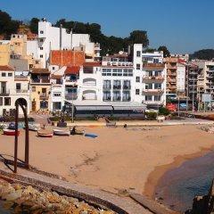 Отель Hostal Restaurant Sa Malica Бланес фото 2