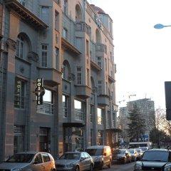 Roommates Hostel Белград парковка