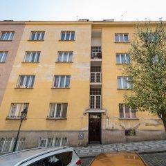 Апартаменты EMPIRENT Apartments Prague Castle парковка