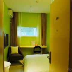 Отель Colour Inn - She Kou Branch Китай, Шэньчжэнь - отзывы, цены и фото номеров - забронировать отель Colour Inn - She Kou Branch онлайн комната для гостей фото 2