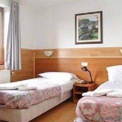 Отель Aristote Бельгия, Брюссель - отзывы, цены и фото номеров - забронировать отель Aristote онлайн комната для гостей фото 3