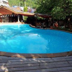 Отель Silver Sands Beach Resort бассейн