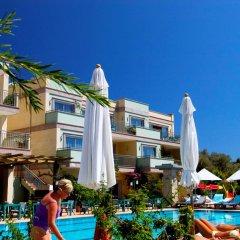 Happy Hotel Kalkan Турция, Калкан - отзывы, цены и фото номеров - забронировать отель Happy Hotel Kalkan онлайн бассейн фото 3