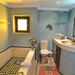 Отель Riad Adarissa Марокко, Фес - отзывы, цены и фото номеров - забронировать отель Riad Adarissa онлайн ванная фото 2