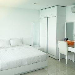 Апартаменты Sunrise Ocean View Apartment Нячанг комната для гостей фото 3