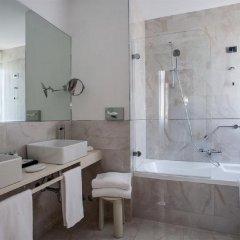 Отель Sina Bernini Bristol Италия, Рим - 1 отзыв об отеле, цены и фото номеров - забронировать отель Sina Bernini Bristol онлайн ванная фото 2