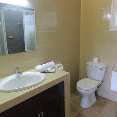 Hotel La Roussette ванная