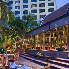 Sheraton Grande Sukhumvit, Luxury Collection Hotel, Bangkok бассейн фото 3