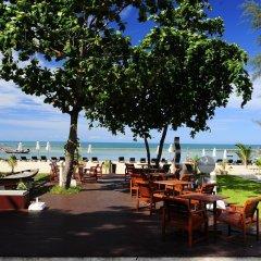 Отель Al's Laemson Resort гостиничный бар