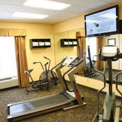 Отель Country Inn & Suites by Radisson, Midway, FL фитнесс-зал фото 4