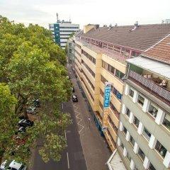 Отель a&o Düsseldorf Hauptbahnhof Германия, Дюссельдорф - 6 отзывов об отеле, цены и фото номеров - забронировать отель a&o Düsseldorf Hauptbahnhof онлайн балкон
