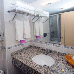 Side Town Hotel by Z Hotels Турция, Сиде - 1 отзыв об отеле, цены и фото номеров - забронировать отель Side Town Hotel by Z Hotels - All Inclusive онлайн ванная