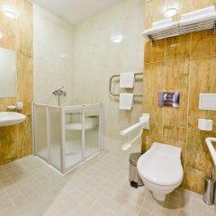 Гостиница Фрегат в Петрозаводске - забронировать гостиницу Фрегат, цены и фото номеров Петрозаводск ванная фото 2