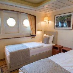 Отель OnRiver Hotels - MS Cezanne Будапешт