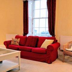 Отель 2 Bedroom Flat In The Central New Town Великобритания, Эдинбург - отзывы, цены и фото номеров - забронировать отель 2 Bedroom Flat In The Central New Town онлайн комната для гостей фото 5