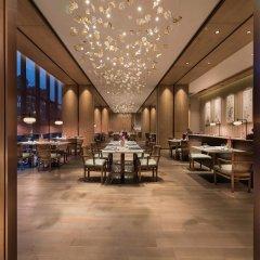 Отель Novotel Shanghai Clover