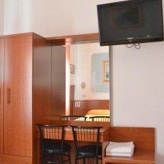 Hotel Mignon сейф в номере