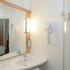 Отель Ibis Lisboa Parque das Nações Португалия, Лиссабон - отзывы, цены и фото номеров - забронировать отель Ibis Lisboa Parque das Nações онлайн ванная
