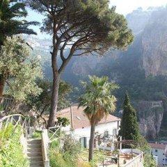 Отель Villa Lara Hotel Италия, Амальфи - отзывы, цены и фото номеров - забронировать отель Villa Lara Hotel онлайн приотельная территория фото 2