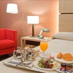 Hotel Silken Puerta de Valencia в номере