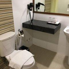 Отель Waterfront Pavilion Hotel and Casino Manila Филиппины, Манила - отзывы, цены и фото номеров - забронировать отель Waterfront Pavilion Hotel and Casino Manila онлайн ванная