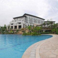 Отель Golden Bay Resort Сямынь бассейн