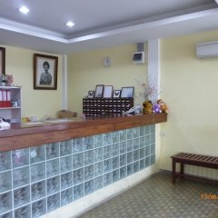 Sri Krungthep Hotel интерьер отеля