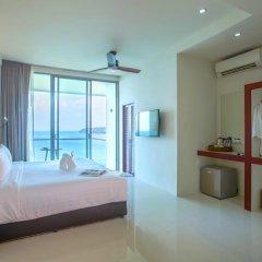 Отель Surin Beach Resort 4* Стандартный номер с различными типами кроватей фото 3