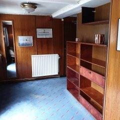 MS Birger Jarl - Hotel & Hostel Стокгольм сейф в номере