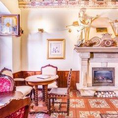 Отель U Krale Karla Чехия, Прага - 4 отзыва об отеле, цены и фото номеров - забронировать отель U Krale Karla онлайн интерьер отеля фото 2